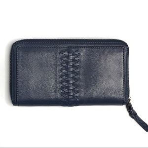 Banana Republic Blue Leather Zip Around Wallet